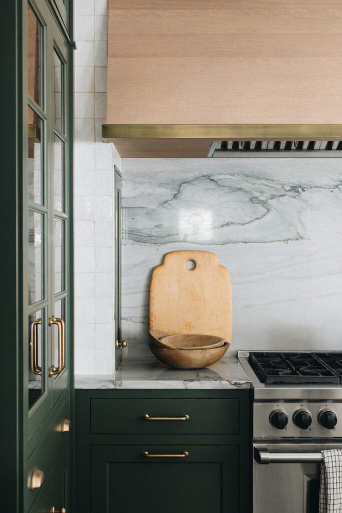 kitchen design ideas: marble slab backsplash